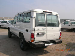 Toyota Land Cruiser Hardtop 15 places